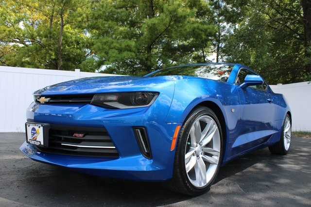 Pre-Owned 2018 Chevrolet Camaro 2LT RWD 2D Coupe