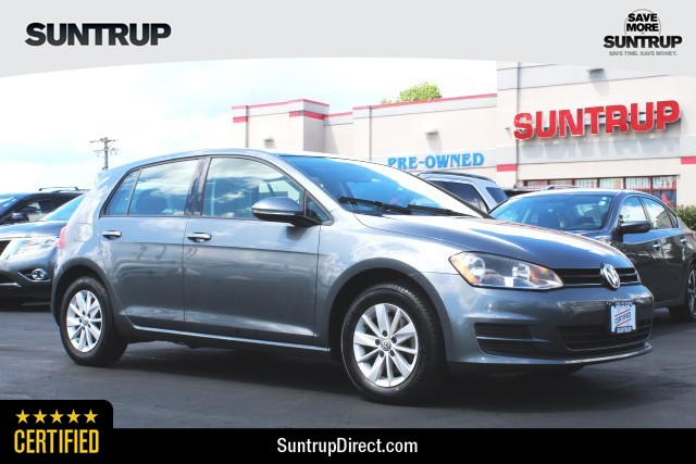 Certified Pre-Owned 2015 Volkswagen Golf TSI S