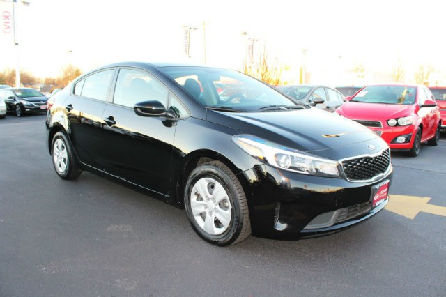 Certified Pre-Owned 2018 Kia Forte5 LX