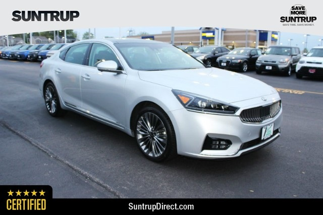 Certified Pre-Owned 2018 Kia Cadenza Limited