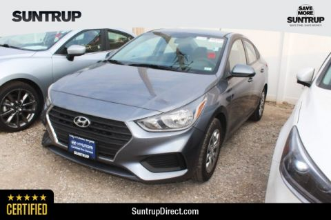 Certified Pre-Owned 2018 Hyundai Accent 4-Door SE